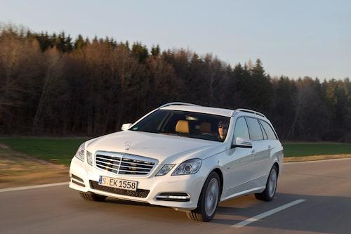 Mercedes E 300 BlueTEC Hybrid (elhybrid, diesel) Klicka på pilarna för resten av listan.