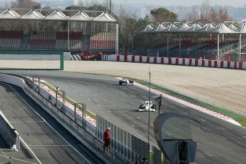 Brawn GP främst och BMW Sauber bakom.