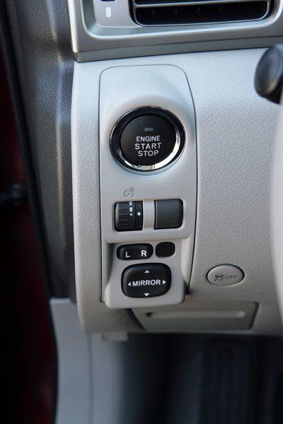 Start/stopp-knapp finns snart sagt i alla bilar och så även i denna.