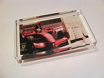 Officiell Ferrari-merchandise. Olja från Filipe Massas bil Turkiets Grand Prix 2007. Nummer 1 av 200.