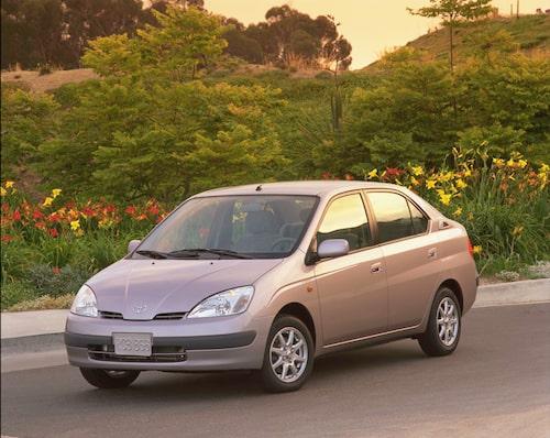 9. Toyota Prius. 2001-2003.
