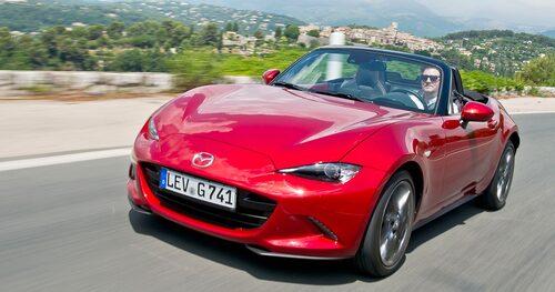 Mazda har sålt över en miljon MX-5:or vilket gör den till världens mest sålda sportbil.