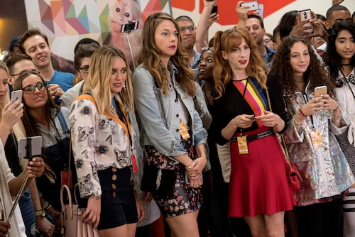 "Hilary Duff, Sutton Foster och Molly Bernard i ""Younger""."