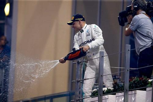 Valtteri Bottas tjuvstartade det finska firandet den 26 november genom att vinna årets sista deltävling i Abu Dhabi.