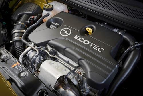 En helt ny trecylindrig motor tar plats i Opel Adam Rocks.