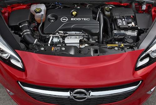 Motoralternativen är många vid lanseringen, fler följer kort därefter.