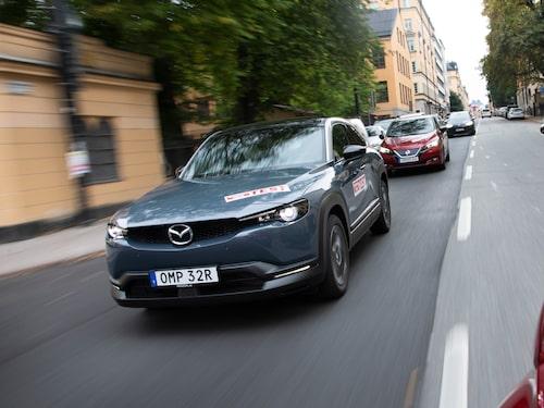 MX-30 är Mazdas första elbil, men inte den första med bakhängda bakdörrar.
