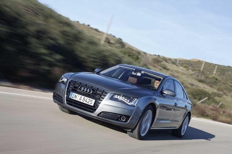 Provkörning av Audi A8 4,2 TDI