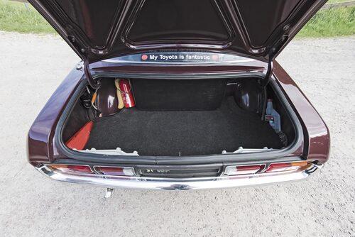 Trots det sportiga utseendet finns gott om plats för bagage.