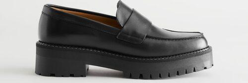 Vårskor 2021: chunky loafers för dam.