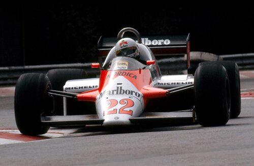Alfa Romeo 183T med italienaren Andrea de Cesaris bakom ratten under 1983 års Formel 1-VM.
