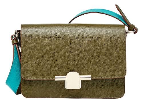 Tvåfärgad väska av skinn/polyester/bomull, 1 399 kr, Massimo Dutti.