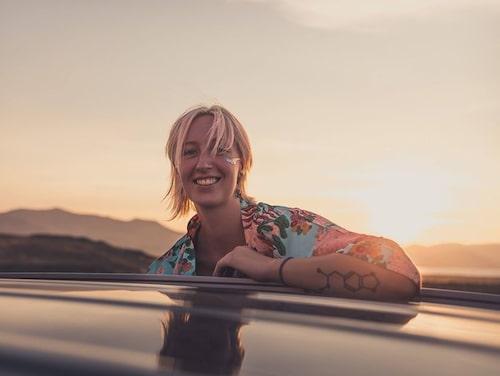 Lisa Konrad Gustafsson, 32, samtalsterapeut och casting manager.