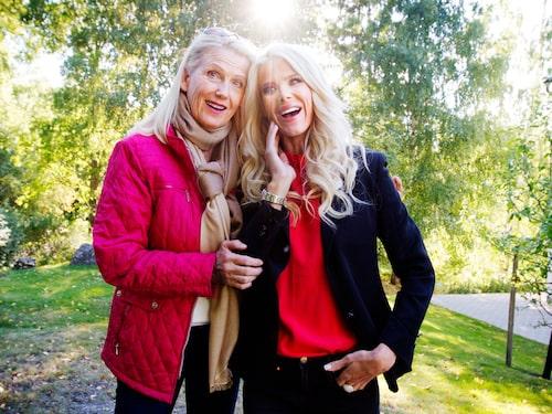 Victoria Silvstedt, 45, modell och programledare. Här med mamma Ulla.