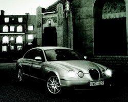 Provkörning av Jaguar S-Type 2,7D