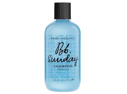 Detoxschampo rengör håret på djupet.