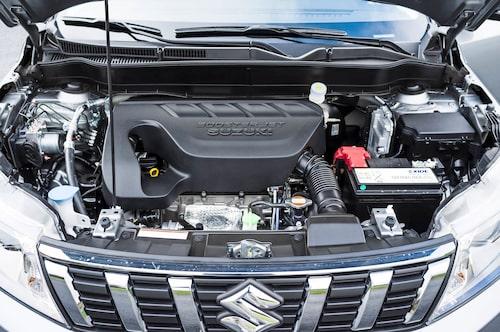 Nya motorn upplevs inte direkt som inspirerande men den gör sitt jobb bra.