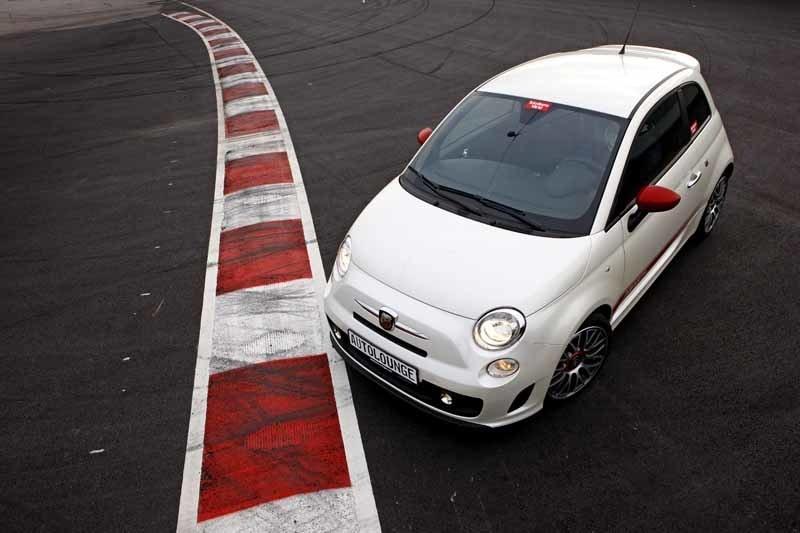 Provkörning av Fiat 500 Abarth