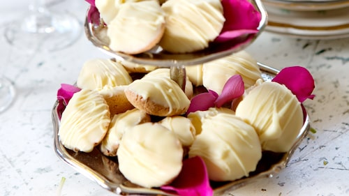 Recept på citronbiskvier med Galliano.