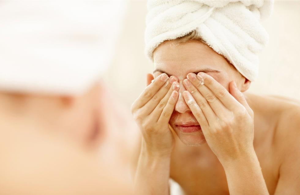 Sminkborttagning för ögonen – vi listar bästa produkterna.