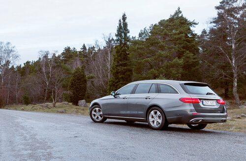 Mercedes E-klass Kombi är i mångt och mycket en perfekt bil med härliga utrymmen.