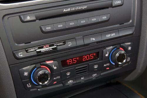 B&O-stereo med 14 högtalare.