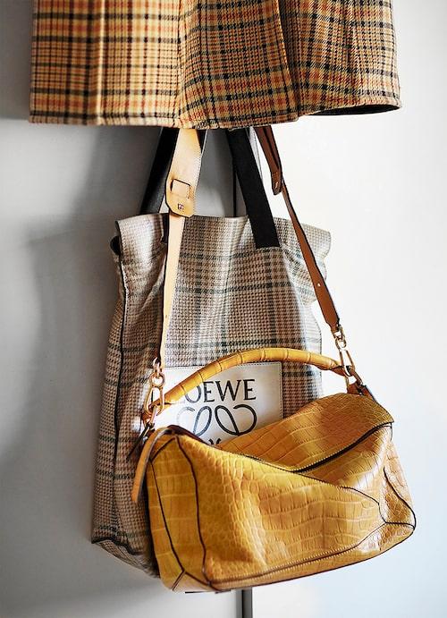 """""""Celinekappa och väskor från Loewe."""""""