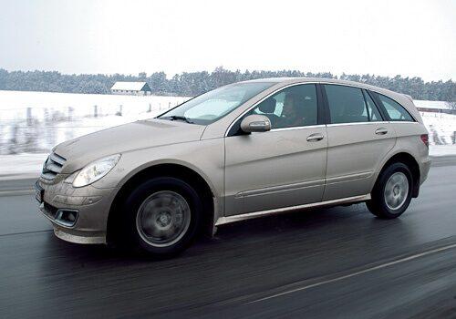 Provkörning av Mercedes R 350