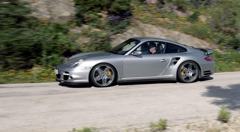 Provkörning av Porsche 911 Turbo