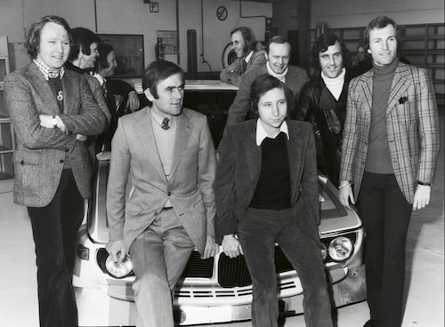 Jochen Neerpasch, trea från vänster, och fabriksförarna 1973.
