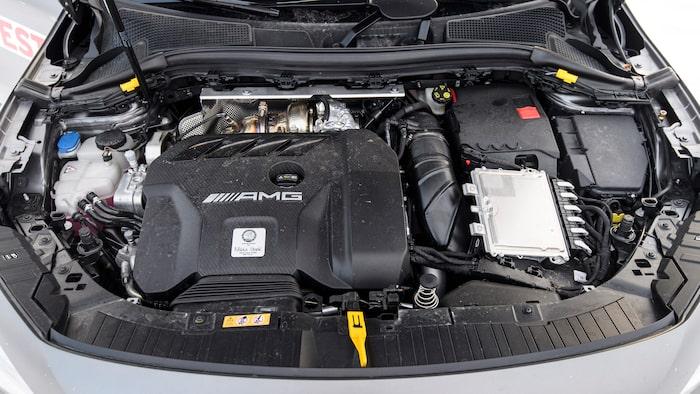 Ett kraftpaket utan dess like. 421 hästkrafter från en tvålitersmotor är riktigt vasst.