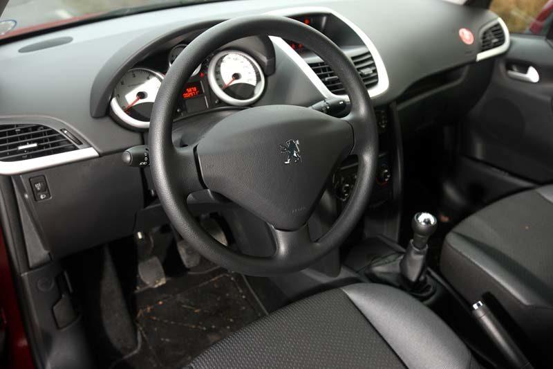 Kvalitetskänslan har höjts i ansiktslyfta Peugeot 207.