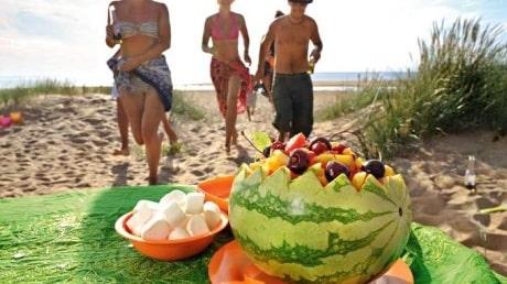 Beachsallad med ananas och melon