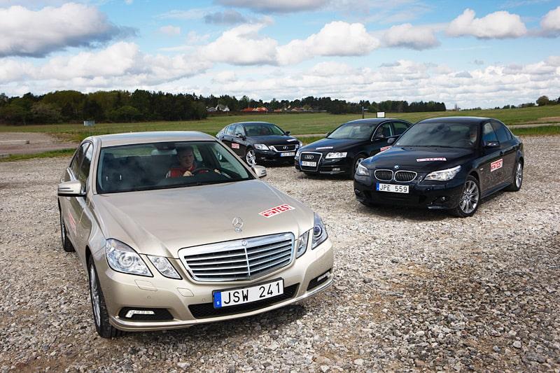 Mercedes E 350 CGI BlueEfficiency, Lexus GS 450h, Audi A6 3,0 TFSI quattro och BMW 530i xDrive.