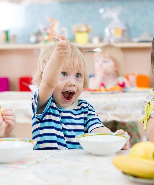 Att börja förskolan har många positiva effekter - som att det är roligt, till exempel.