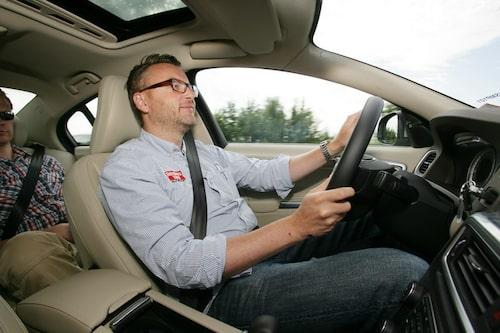 Nöjd testchef cruisar i Tyskland.