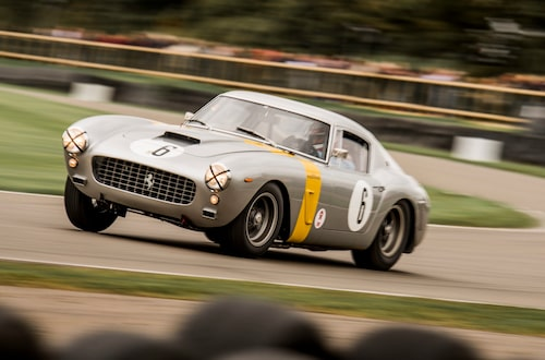 Ferrari 250 GT SWB Competizione. Det blir knappt vackrare. Jag skriver knappt, så kan jag skriva likadant på fler bilar från 1950- och början av 1960-talet. Lite som att helgardera.