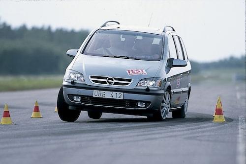 Opel Zafira i Teknikens Värld nummer 15/2003