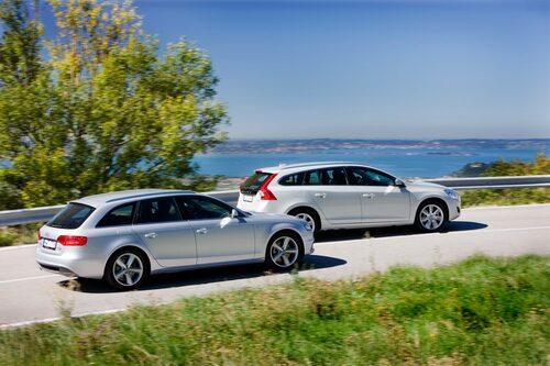 """A4 och V60 är underhållande att köra, men chassifilosfierna skiljer. Audi mer """"hard core"""", Volvo lugnare till sättet."""