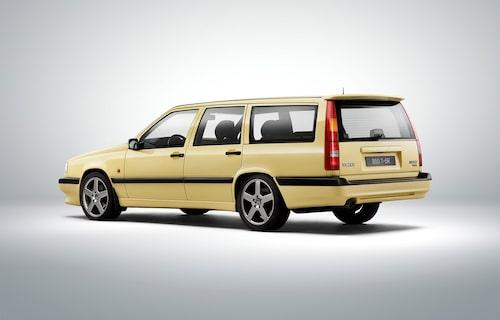 Volvo 850 T-5R – en väldigt gul bil.