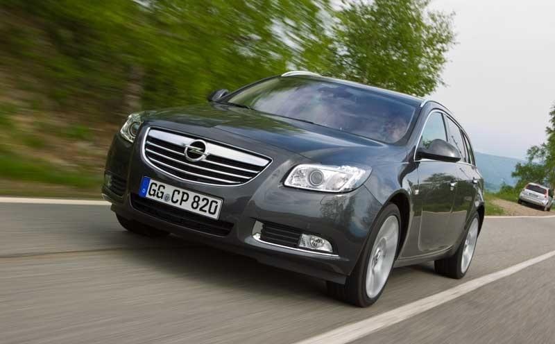 Provkörning av Opel Insignia Sports Tourer CDTi 4x4