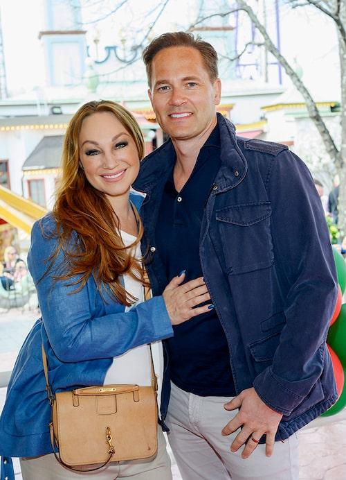 Charlotte Perrelli och Anders Jensen ser till att hitta stunder där bara de två kan vara tillsammans.