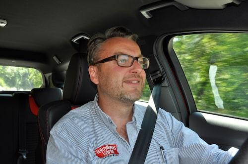 Familjefadern och bilälskaren Hans Hedberg trivs i Focus ST.