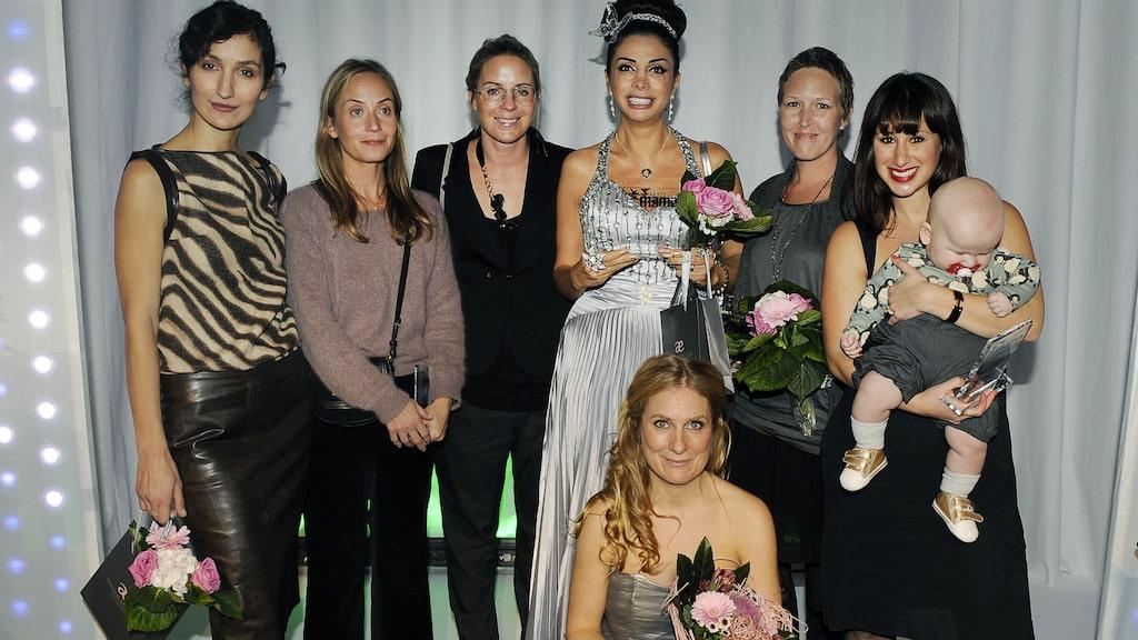 Några av årets mamas 2010, med Annika Lantz som programledare.