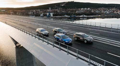 Dessa fyra bilar ingick inte bara i Teknikens Värld 4x4-kombitest utan var också första bilarna som körde över Sundsvallsbron.
