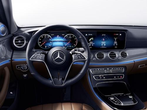 Luxury-ratten har en sirligare design och krockkudden är mer markerad än tidigare.