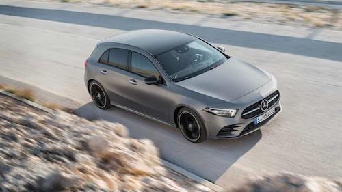 Utöver modeller baserade på Renault- och Nissan-bilar har flera av Mercedes övriga modeller motorer från Renault, bland annat nuvarande A-klass vars två dieselmotorer på 1,5 liter är just Renault-motorer.