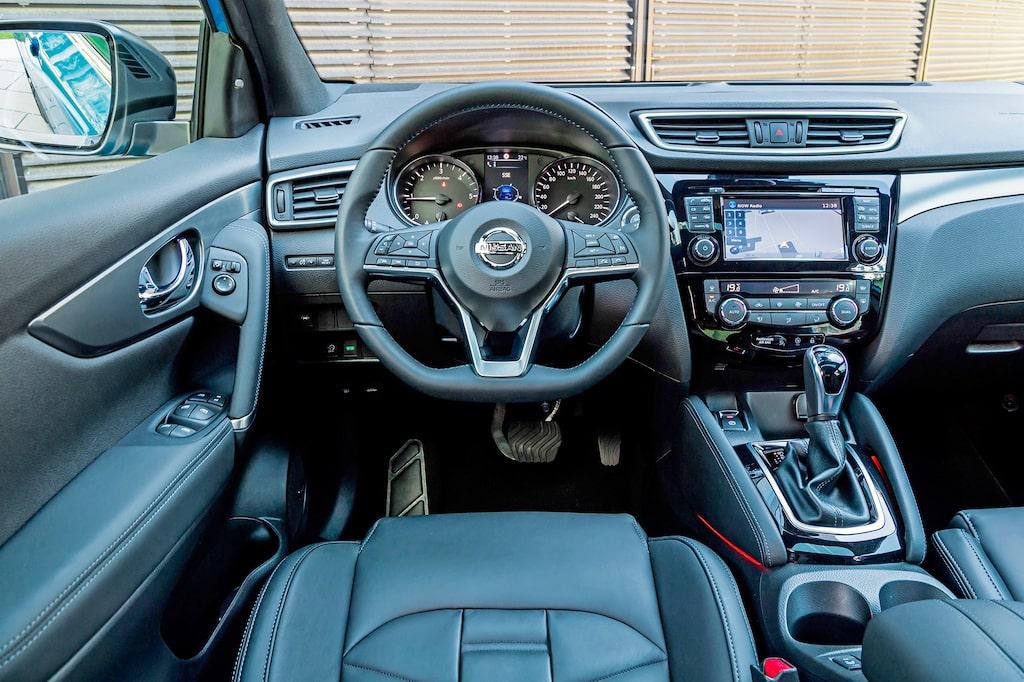 Den stora nyheten inuti är ratten som gjorts greppvänligare och med ny form.