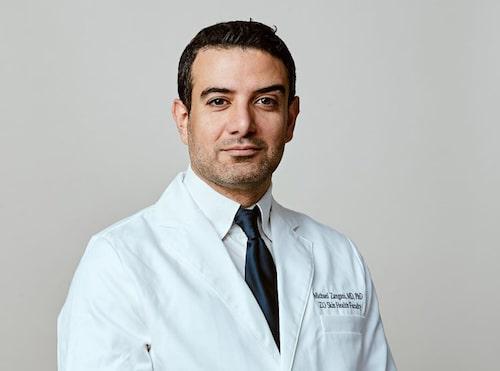 Dr Michael Zangani är en av Norges mest välrenommerade hudläkare.