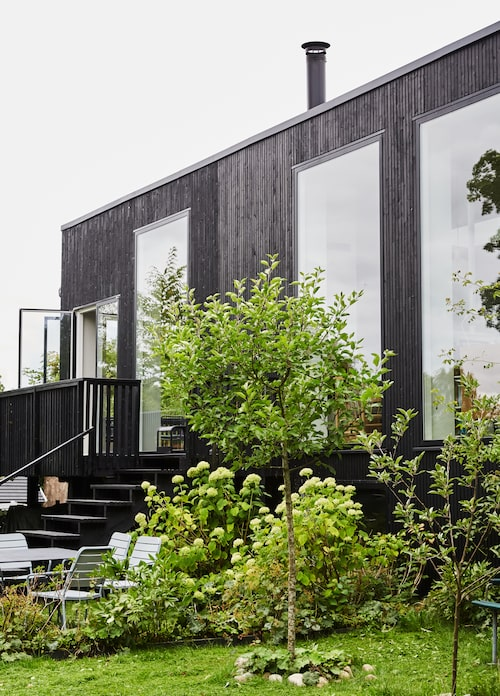 """""""En sak jag tog med från Japan är sättet att skapa interiöra kvaliteter man inte kan ana från utsidan"""", berättar Lisbeth."""